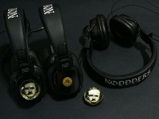 Edgar allan Poe Glass for headphones
