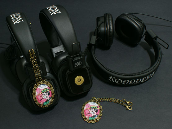 vintage comics headphones