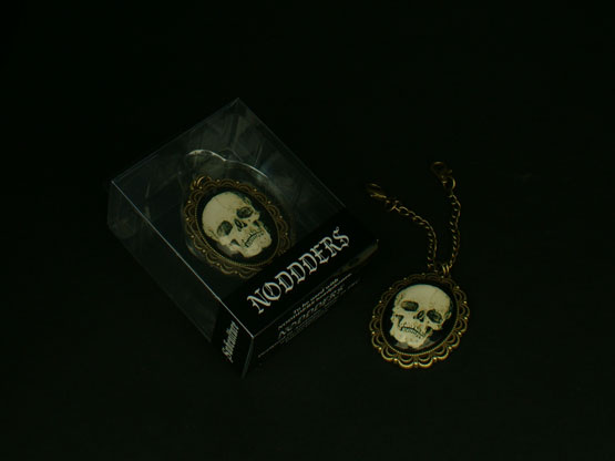 punk skull headphones accessory